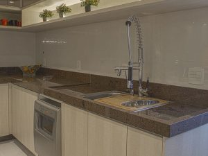 Akrilik Kapak Mutfak Dolabı Modeli 24