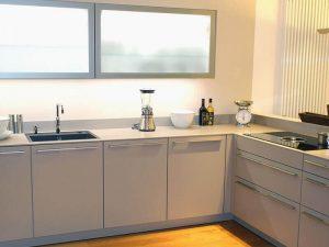 high gloss kapak mutfak dolabı 13