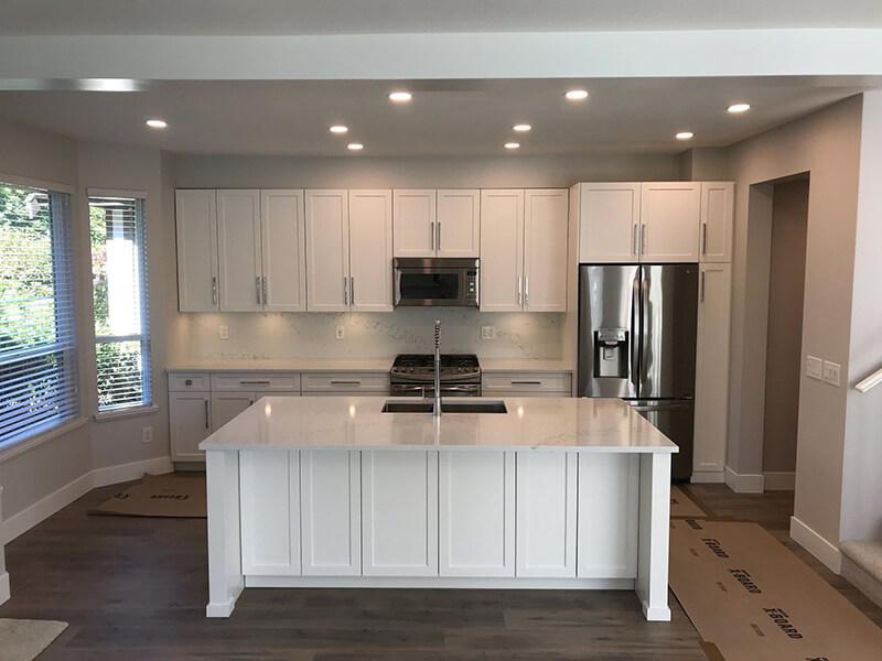 Beyaz Mutfak Dolabı 19