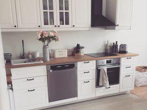 Beyaz Mutfak Dolabı 23