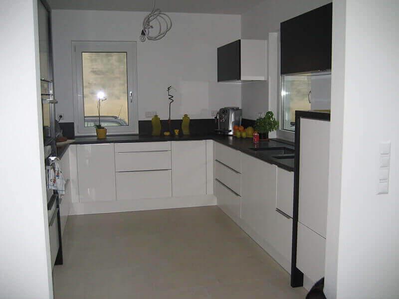 Beyaz Mutfak Dolabı 6