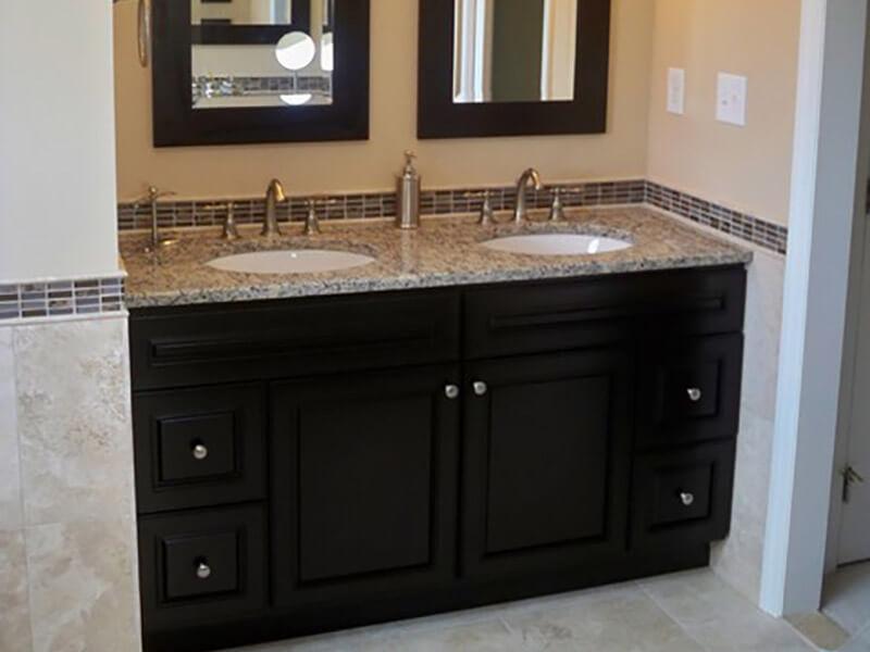 Granit Tezgahlı Banyo Dolabı