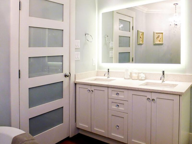 Çift Lavabolu Beyaz Renk Banyo Dolabı