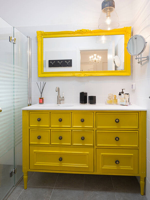 Rustik Sarı Renk Banyo Dolabı
