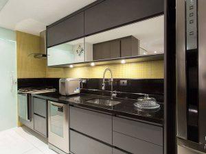 beyaz gri mutfak dolabı