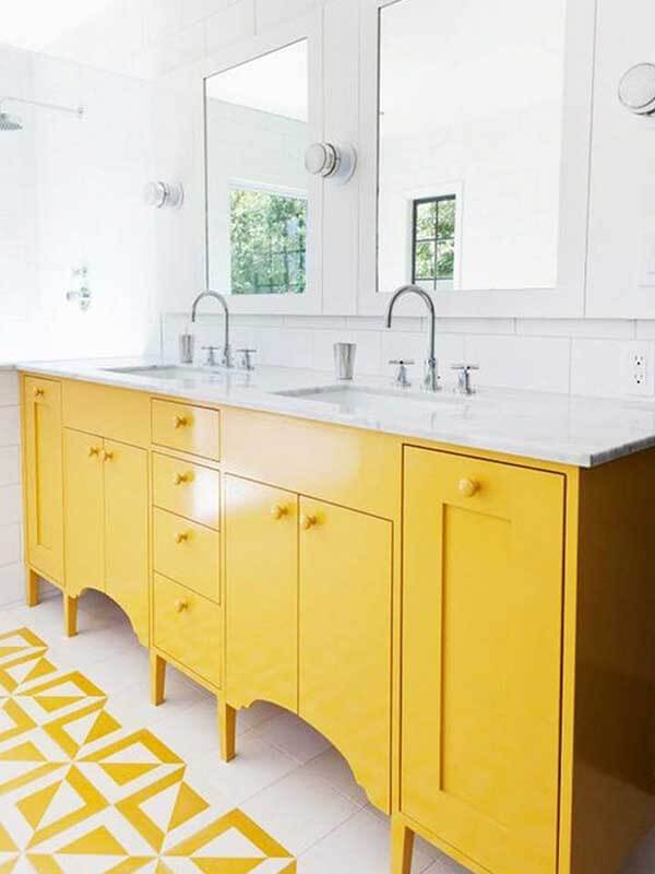 Tatlı Sarı Renk Banyo Dolabı Modeli