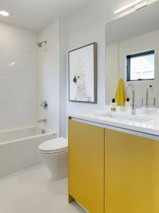 Çift Kapaklı Sarı Renk Banyo Dolabı Modeli
