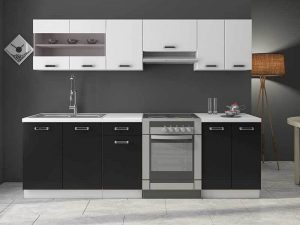 Kolonyal Tarz siyah beyaz mutfak dolapları