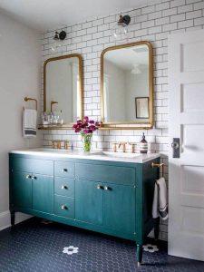 Bronz Çerçeve Aynalı Yeşil Renk Banyo Dolabı Modeli