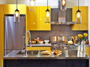 gri sarı mutfak dolabı