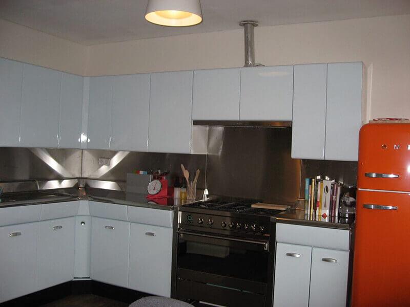 Akbük Akrilik Mutfak Dolabı Modeli