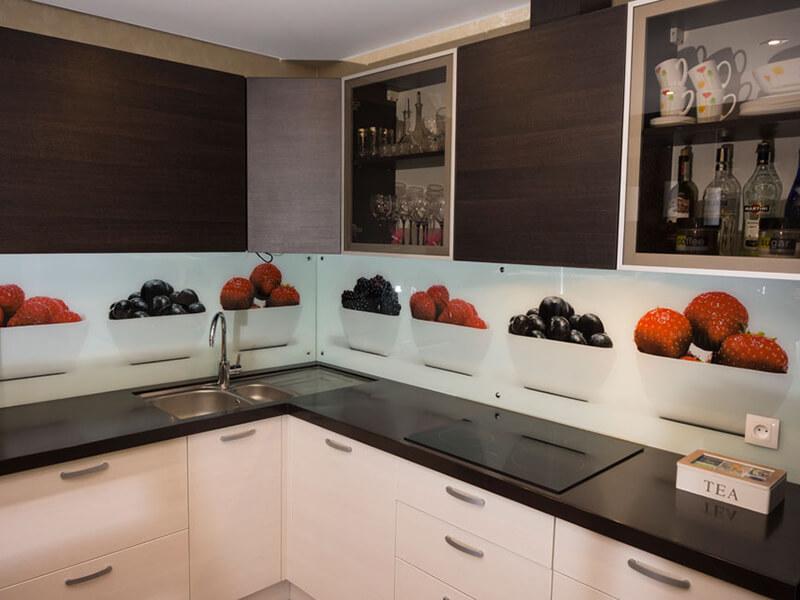 Efeler Akrilik Mutfak Dolabı Modeli