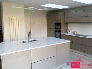 Akrilik Kaşmir Mutfak Dolabı Modeli 6