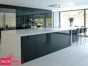 Akrilik Siyah Mutfak Dolabı Modeli 5