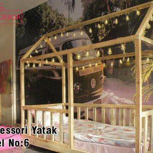 90x190 Çatılı Ahşap Görünümlü Montessori Yatak